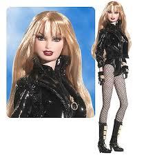 ... nouvelle poupée Barbie branchée ...