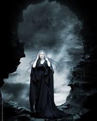 The Greek Goddess HEKATE